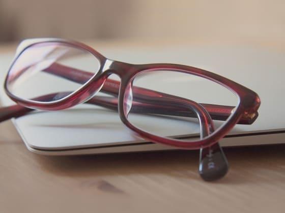 Очки на заказ или готовые очки: что лучше?